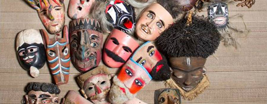 Conversación con las máscaras