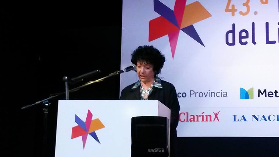 FERIA DEL LIBRO: Ayer Luisa inauguró el evento cultural más grande de Latinoamérica