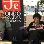 Luisa Valenzuela en la Librería Rosario Castellanos, junto con el también escritor Alberto Ruy Sánchez