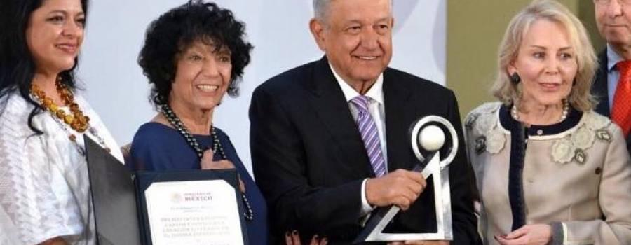 """""""Es un día de tanto orgullo"""", sostuvo Luisa Valenzuela al recibir el Premio Carlos Fuentes 2019"""