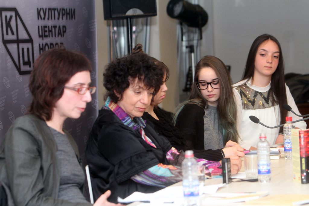 Gira por Europa: imágenes de la charla en el Festival de Prosa de Novi Sad.