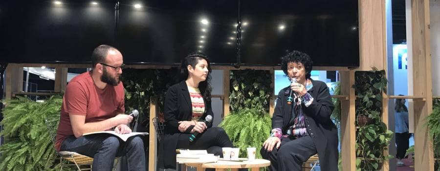 FERIA DEL LIBRO: Luisa en el stand del Gobierno de la Ciudad